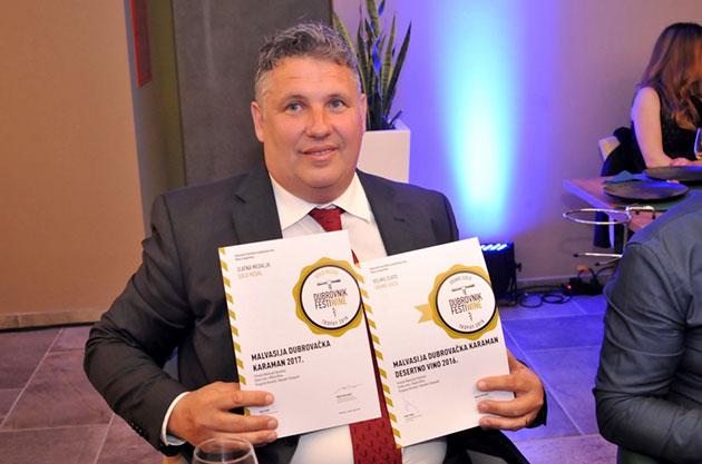 """Čestitamo Malvasiji dubrovačkoj 2016. Nika Karamana na velikom zlatu na """"Svijetu malvazija"""""""