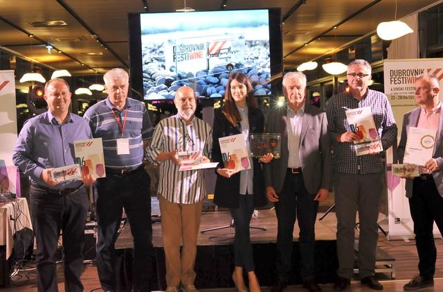 Svečanom dodjelom priznanja i večerom za vinare  - završeno je  6.izdanje Dubrovnik Festiwinea