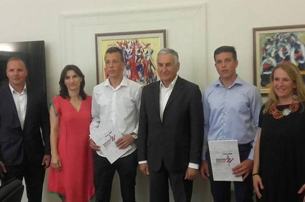 """Dobitnici stipendija """"Dubrovnik FestiWine Challenge 2016"""""""